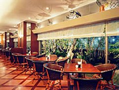 金沢マンテンホテル レストラン「mansaku」